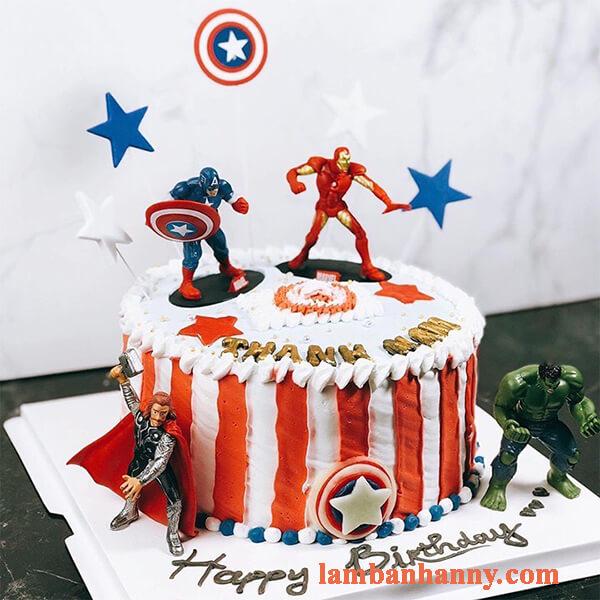 Set 4 siêu anh hùng trang trí bánh 3