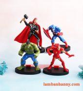 Set 4 siêu anh hùng trang trí bánh