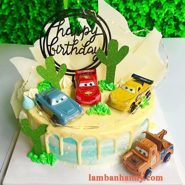 Set 4 xe ô tô trang trí bánh kem 3