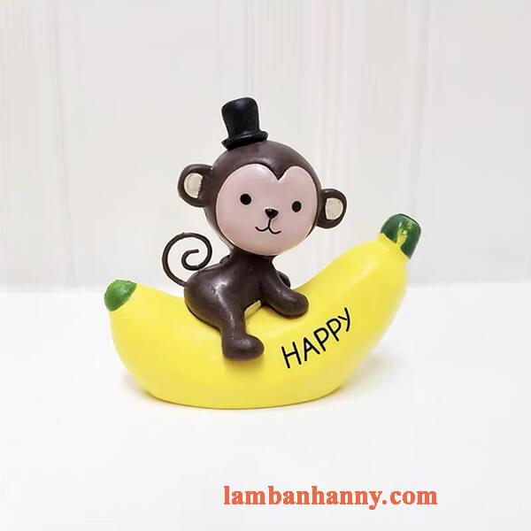 khỉ ôm chuối trang trí bánh 5