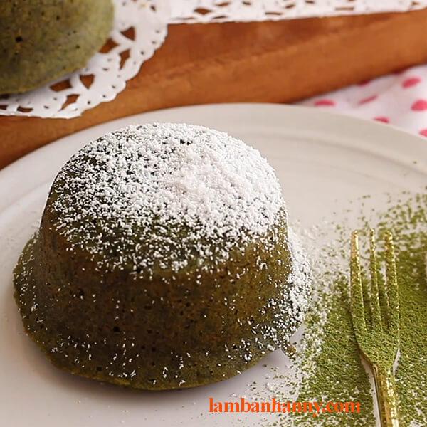 Bật mí 2 cách làm bánh lava matcha tan chảy thơm ngon hấp dẫn 5