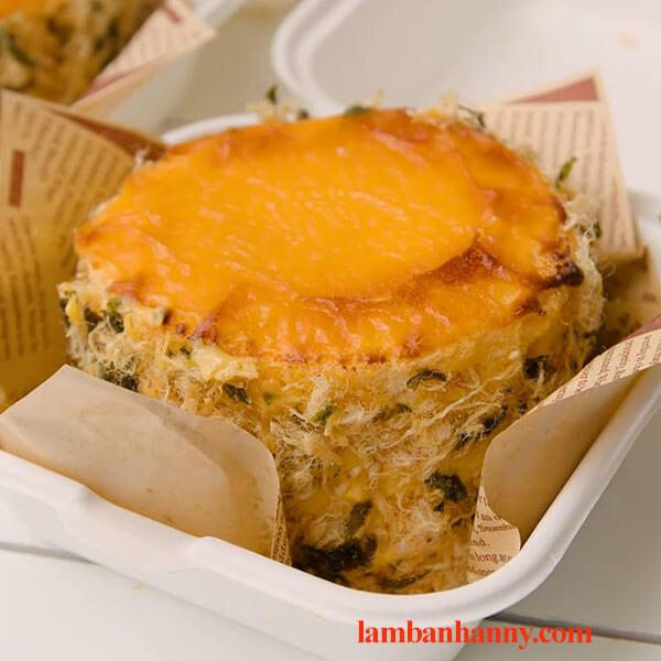 Bật mí cách làm bánh bông lan phô mai kim sa tan chảy thơm ngon đơn giản 3