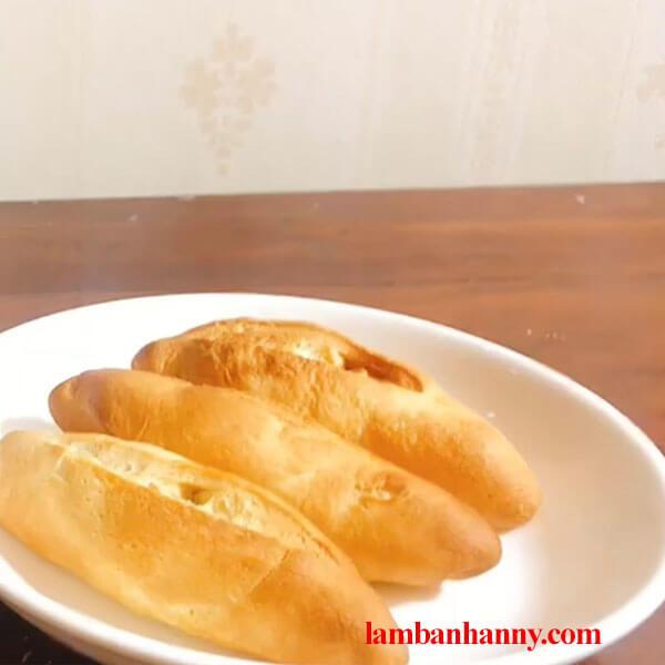 Bật mí cách làm bánh mì đặc ruột thơm ngon đơn giản tại nhà bằng nồi chiên không dầu 3