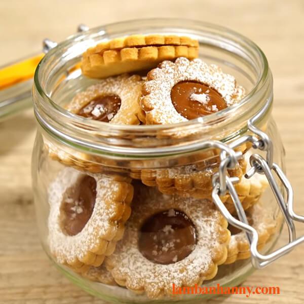 Bật mí cách làm bánh quy caramel mặn vô cùng thơm ngon giòn rụm khó cưỡng 4