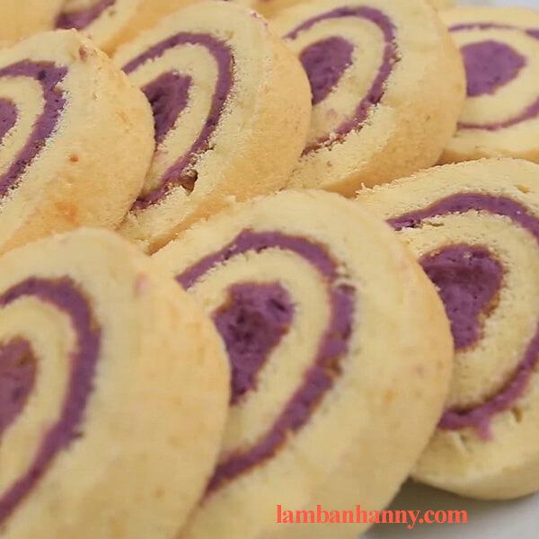 Cách làm bánh bông lan cuộn khoai lang tím thơm ngon đơn giản dễ làm 4