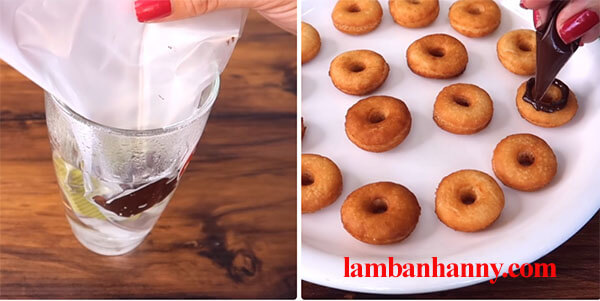 cach lam banh donut mini 6